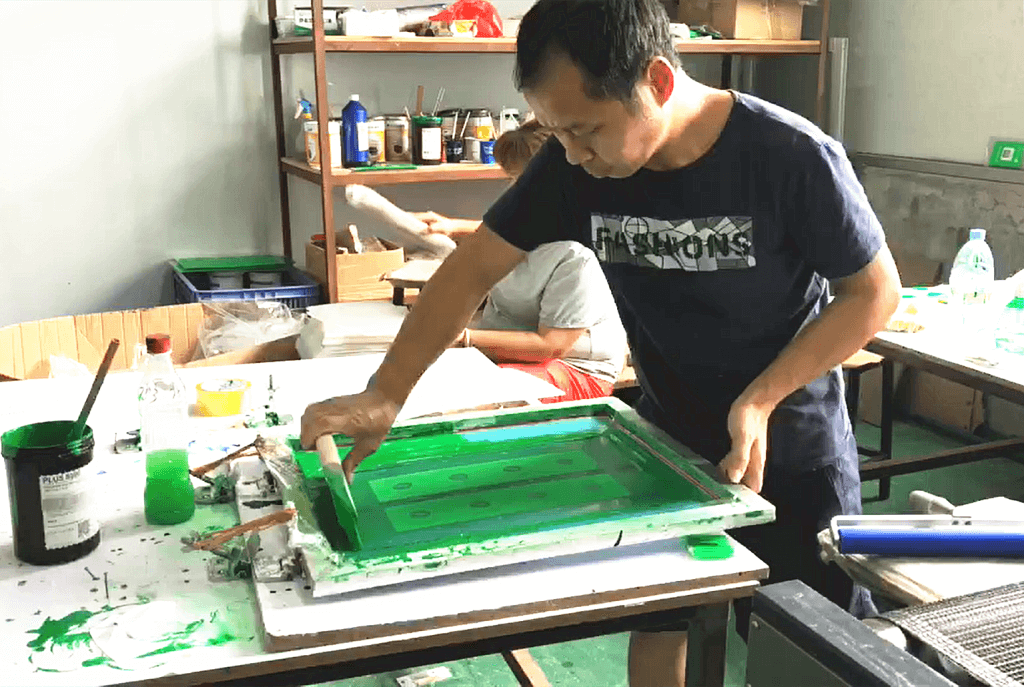 acrylic display manufacturer Silk Printing Workshop