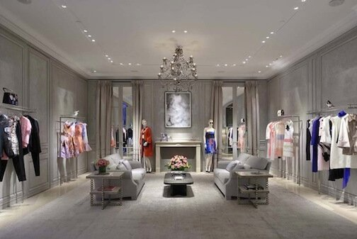 the use of visual merchandising in Dior boutique