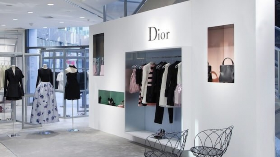 successful visual merchandising strategy