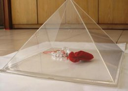 solid triangle jewelry display watch display museum stand