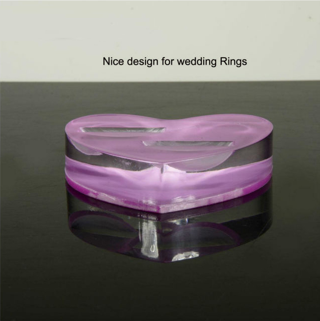Heart-shaped Acrylic Ring Display Basement wholesale jewelry display supplies