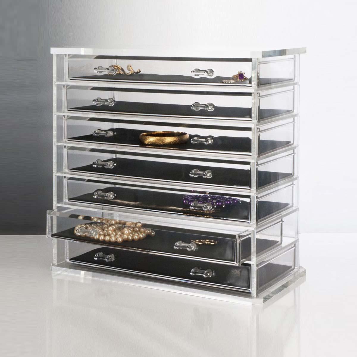 7 Layers Jewellery Showcase