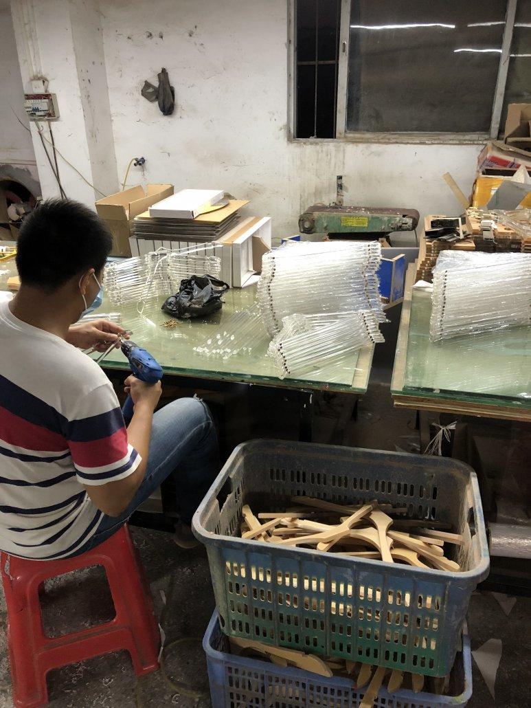 chinov display producing acrylic hangers