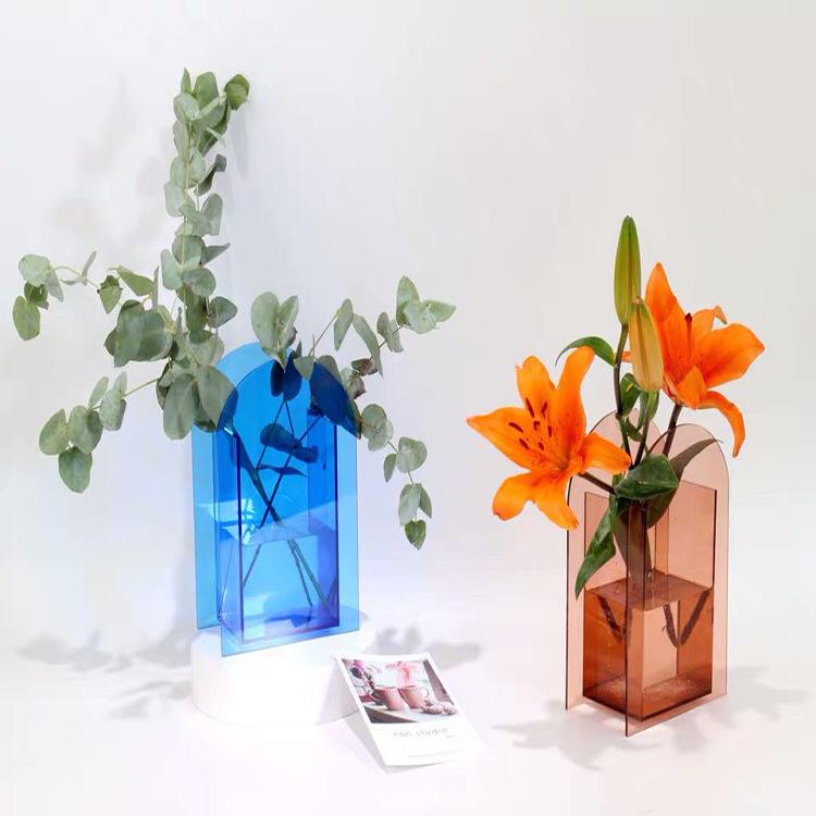 clear acrylic flower vases