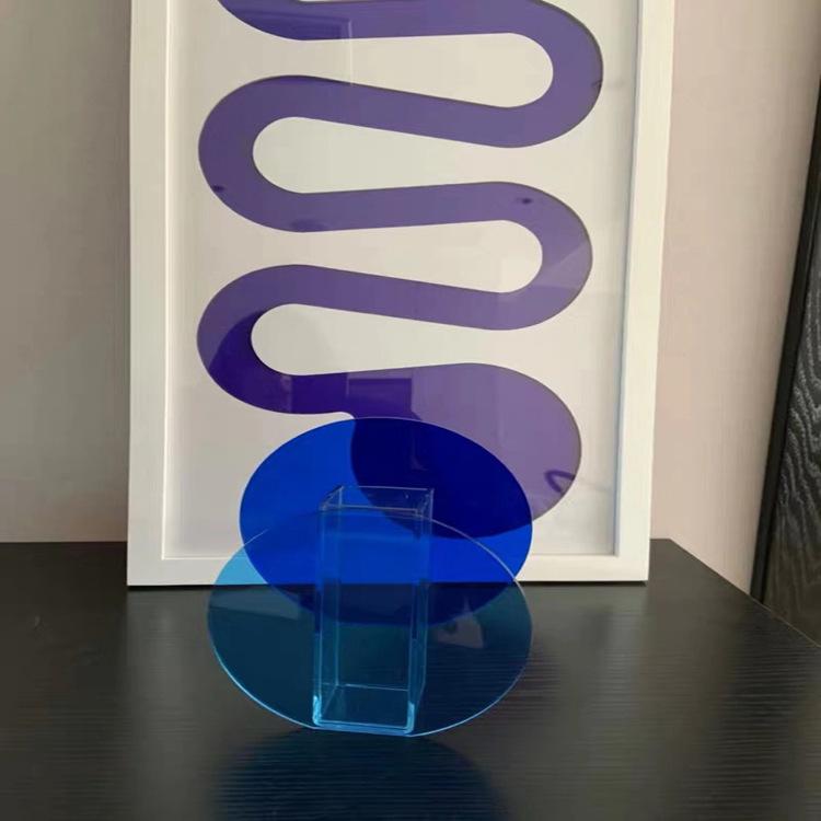 acrylic flower bud vase
