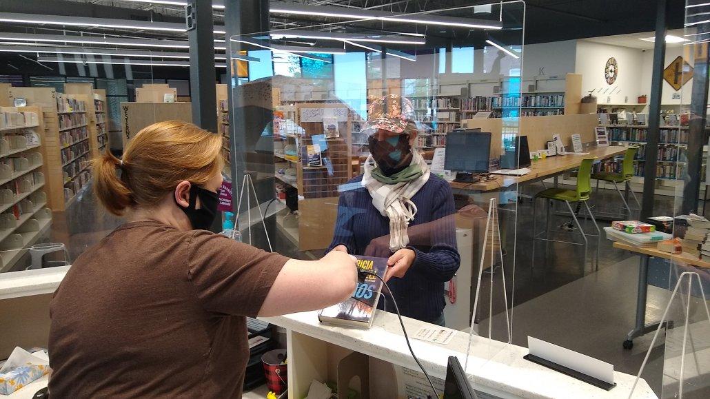 acrylic sneeze guard plexiglass barrier