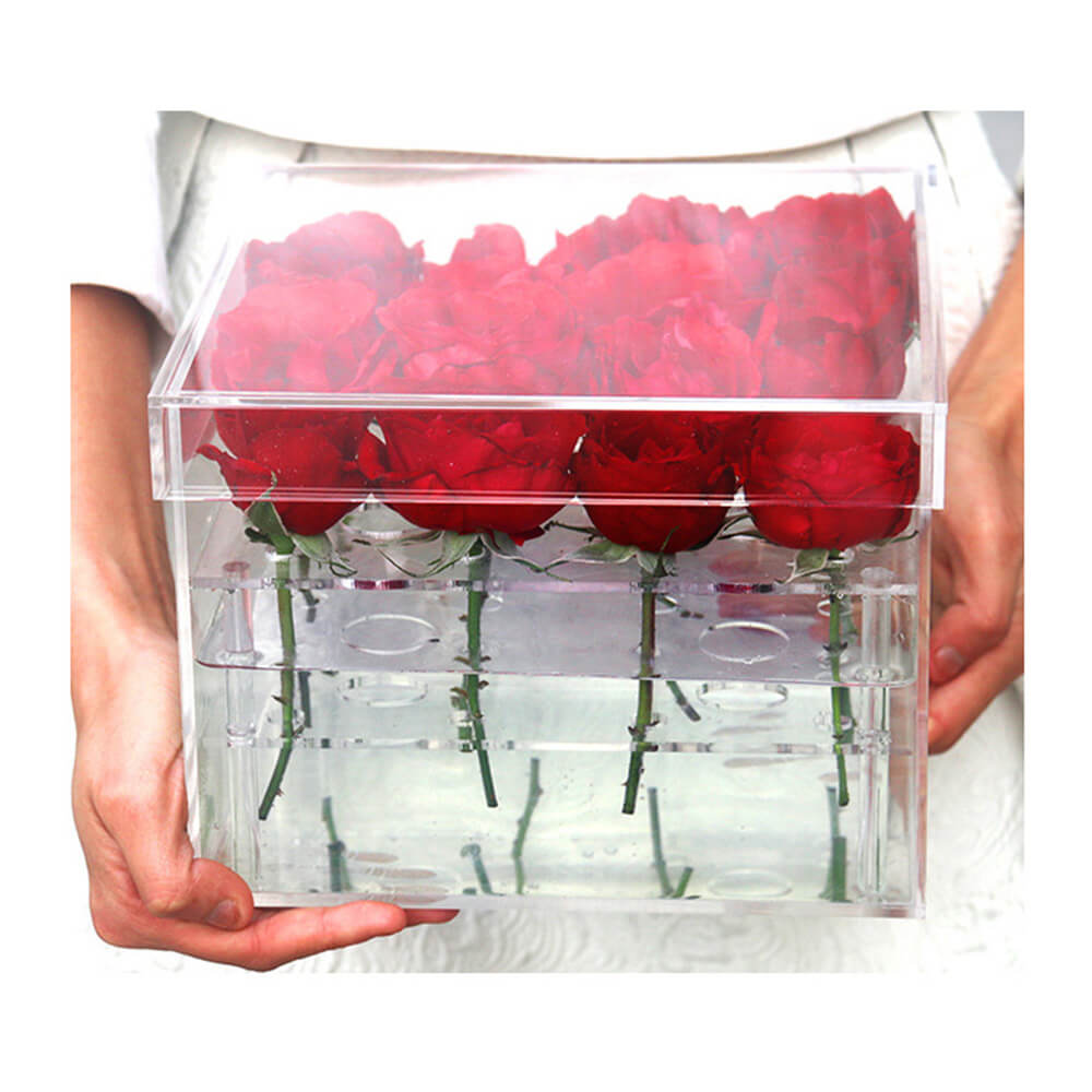 Square acrylic flower box with lid for 16 roses