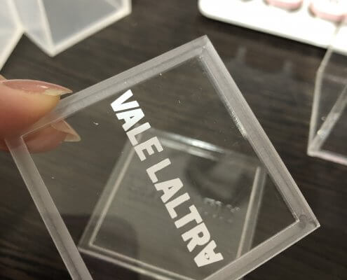 printing methods for acrylic displays silk printing effect