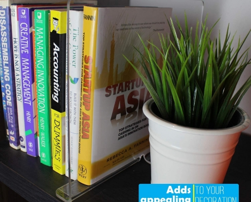 acrylic shelf divider to place anywhere