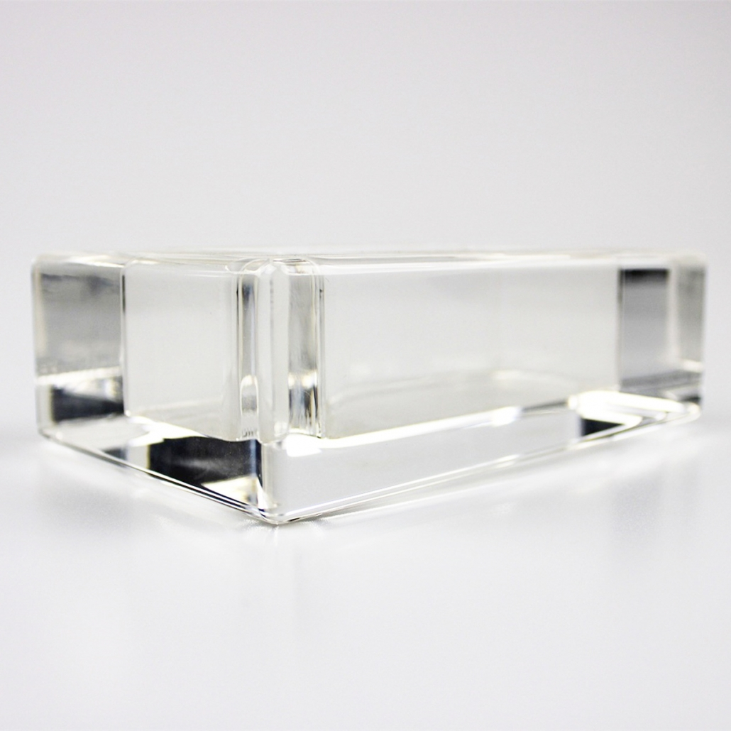 acrylic block with fine-polished smooth edges