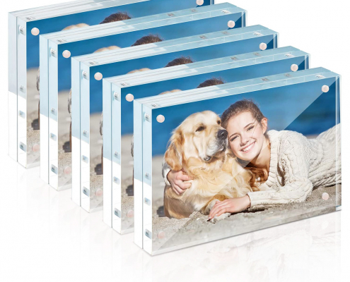 "Rectangule Acrylic Magnetic Picture Frame - 4"" × 6"""