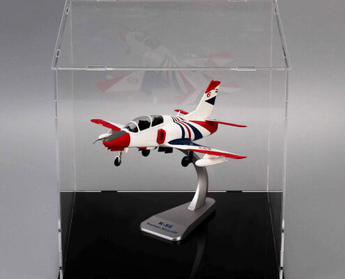 Assembled Clear Acrylic Display Case For Collectibles With Black Base-3
