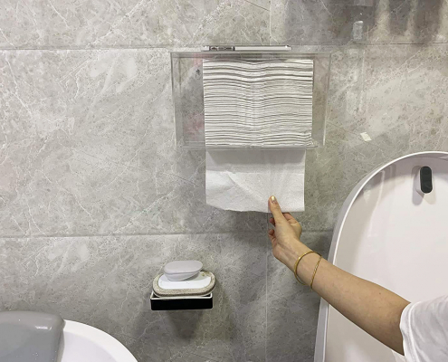 Wall Mount Acrylic Paper Dispenser With Lid-1