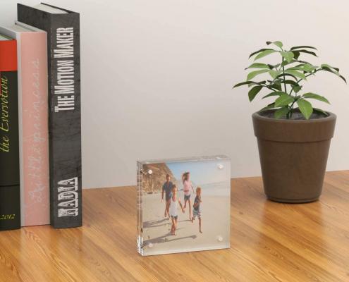 Acrylic Magnetic Block Frame-4