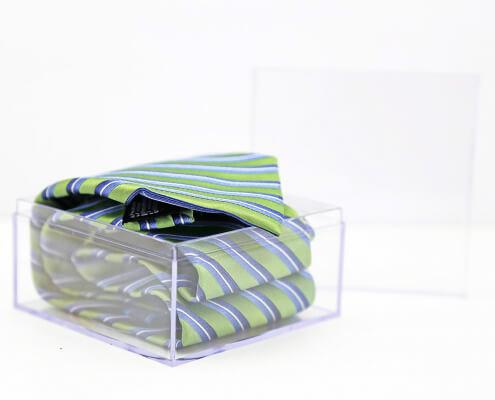 "Small Acrylic Cube Box Whit Lid - 4"" x 4"" x 2""-1"