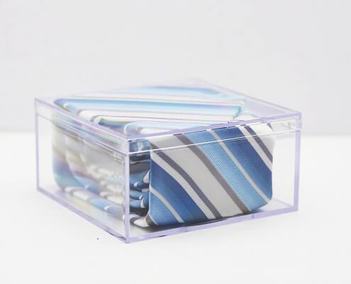 "Small Acrylic Cube Box Whit Lid - 4"" x 4"" x 2""-3"
